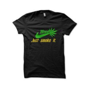 Shirt just smoke weed it black